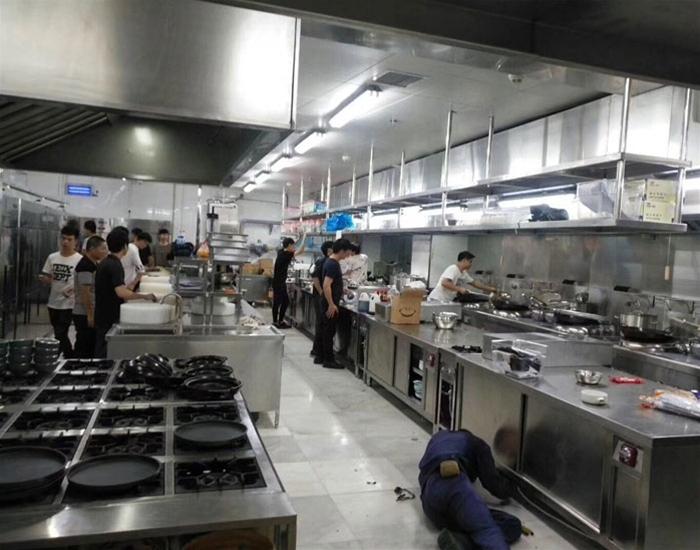 厨房排油烟工程